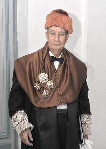 Imagen que muestra a Juan-Miguel Villar Mir, presidente de Grupo villar Mir de OHL, Académico de Honor de la real Academia de Doctores de España