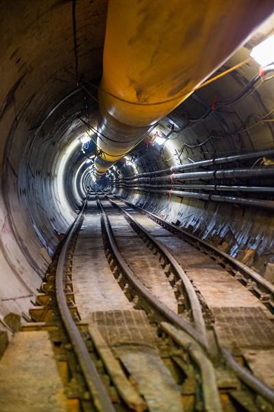 Interior Del Túnel Water Siphon
