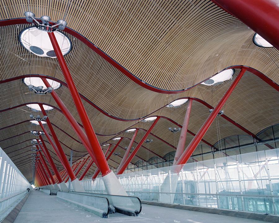 Edificio Satélite. Aeropuerto Adolfo Suárez Madrid-Barajas. Madrid, España