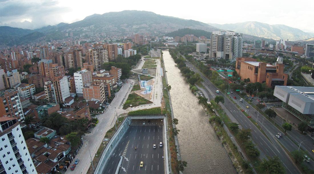 Parques del Rio Medellín. Colombia