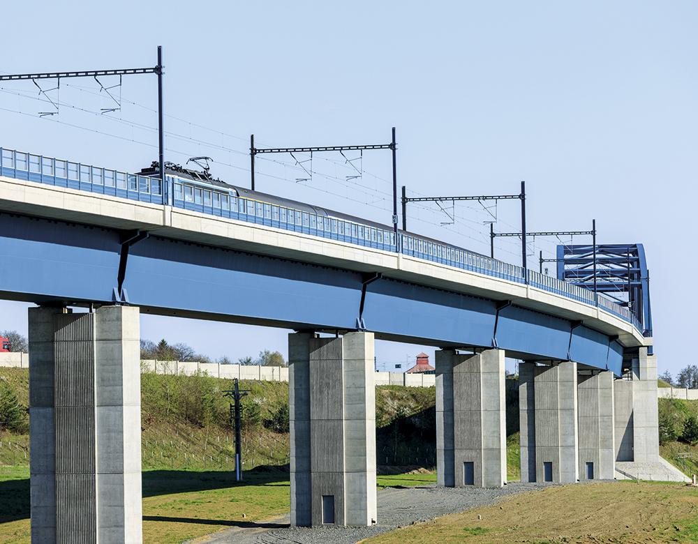 Modernización de la línea ferroviaria trati Tábor-Sudoměřice. República Checa